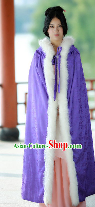 Chinese Traditional Winter Mantle Cape for Women