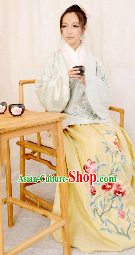 Chinese Song Dynasty Folk Dress for Women