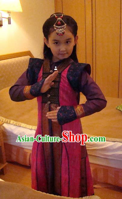 Traditional Ancient Chinese Superhero Costumes and Headwear for Kids