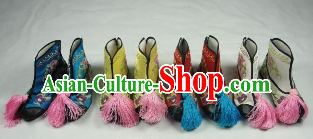 Chinese Beijing Opera Embroidered Boots for Women