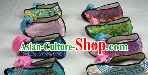 Inside High Heel Chinese Beijing Opera Embroidered Shoes for Women