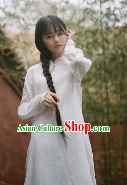 Chinese Traditional White Mandarin Long Jacket for Women