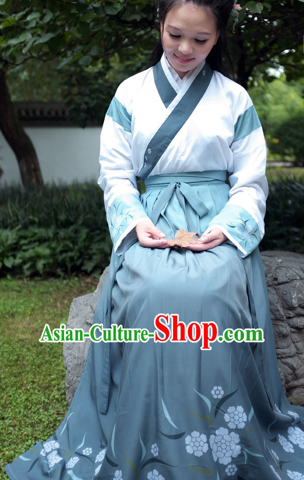 Ancient Chinese Female Clothing Complete Set