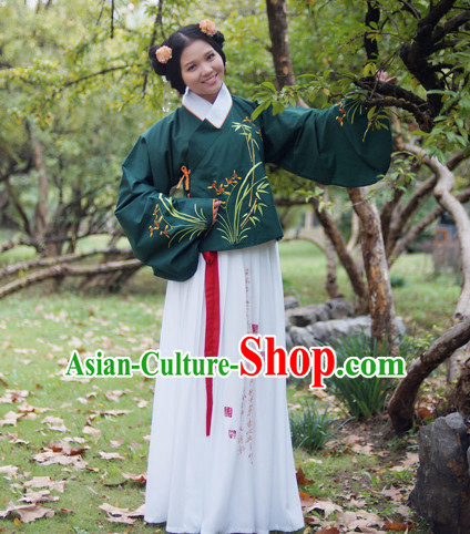 Ancient Chinese Female Ming Dynasty Dress and Hair Accessories Complete Set
