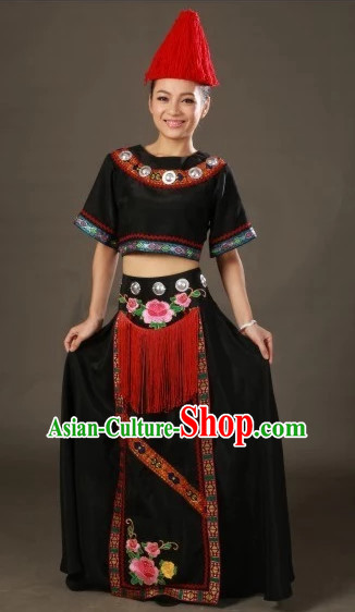 Traditional Chinese Ethnic Clothing and Hat Complete Set for Women