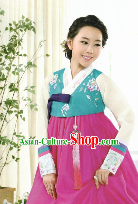 Korean Fashion Attire Top and Skirt Complete Set for Women