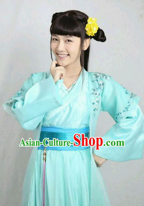 Ming Dynasty Han Fu Outfit and Hair Jewelry Complete Set for Women