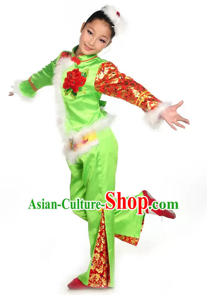 Chinese Spring Festival Dancing Costume for Small Girls.