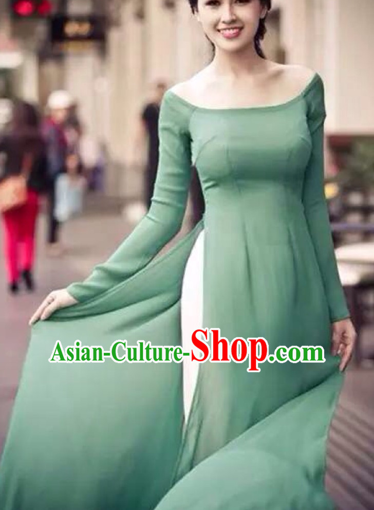 Low Collar Light Green Ao Dai Cuoi Clothing for Women
