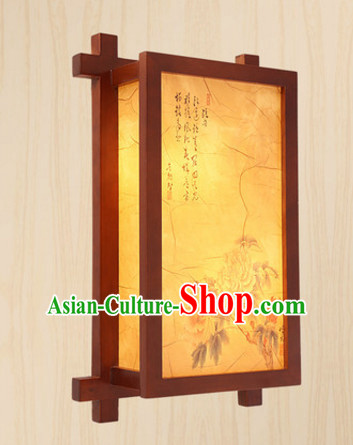 Chinese Classical Handmade and Carved Natural Wood Wall Palace Lantern