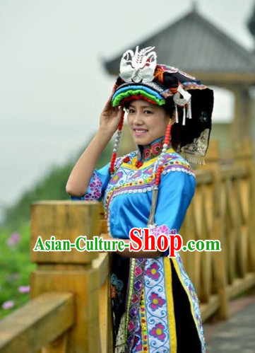 Chinese Folk Ethnic Traditional Garments and Hat Complete Set for Women