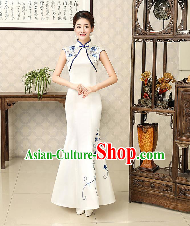 Ancient Chinese Costumes, Manchu Clothing Qipao, Improved Long Silk Cheongsam, Traditional Fish Tail Cheongsam Wedding Toast Dress for Bride