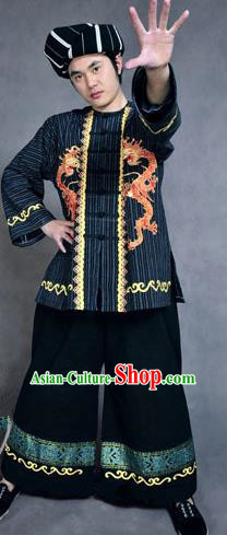 Traditional Chinese Miao Nationality Dancing Costume, Hmong Male Folk Dance Ethnic Dress, Chinese Minority Tujia Nationality Embroidery Costume for Men