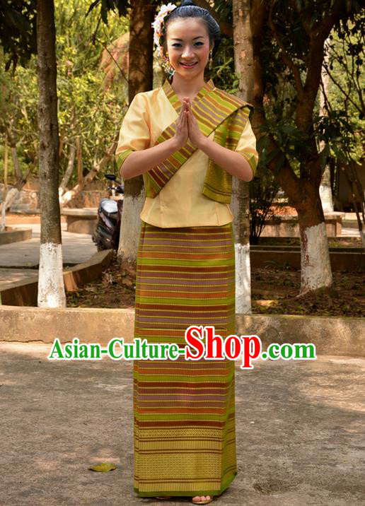 Traditional Asian Thai Wedding Costume Complete Set, Thai Shawl Clothing for Women