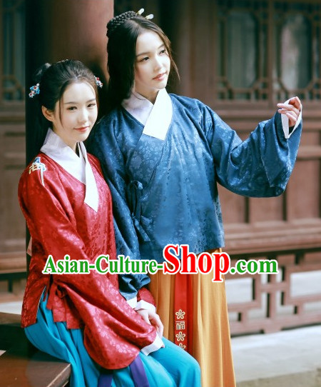 Red Ancient Chinese Ming Dynasty Clothing for Women