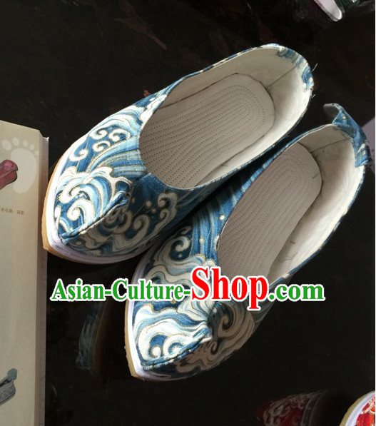 Handmade Chinese Ancient Wave Pattern Princess Shoes for Women and Girls