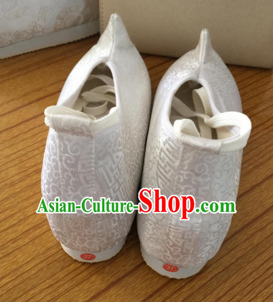 White Chinese Ancient Handmade Traditional Bow Fabric Shoes
