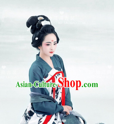 Chinese Ancient Clothing Complete Set for Women