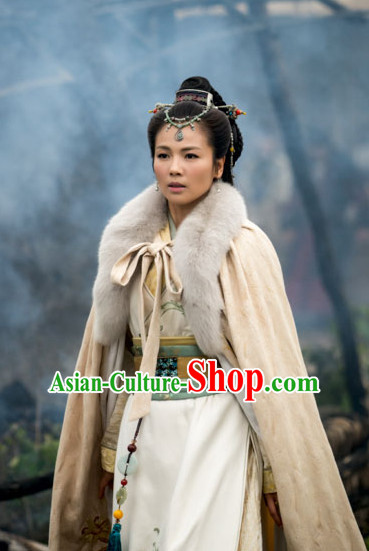 Ancient Traditional Chinese Style Female General Long Mantle