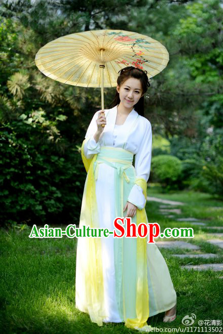 Ancient Chinese Hanfu Lady Clothes and Umbrella Complete Set