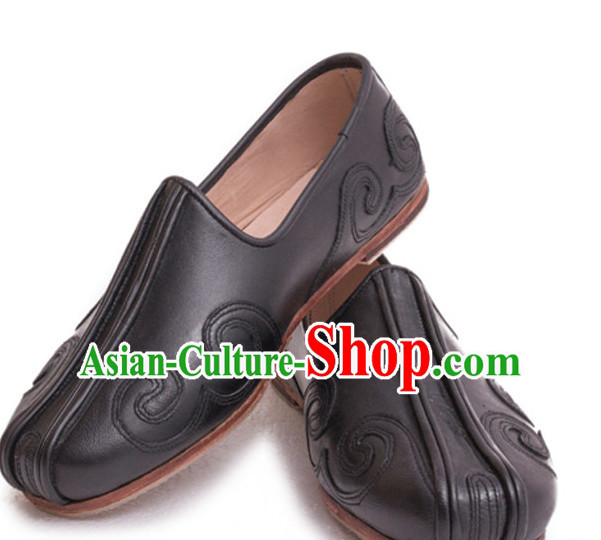 Top Chinese Classic Traditional Leather Auspicious Cloud Tai Chi Shoes Kung Fu Shoes Martial Arts Shoes for Men
