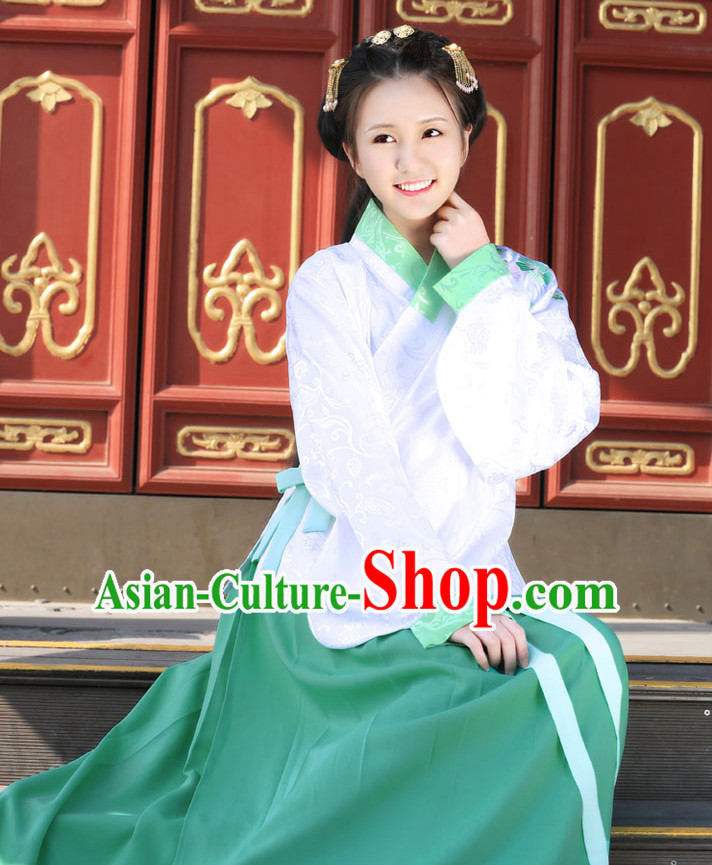 Chinese Ming Dynasty Clothing and Headdress Complete Set for Women