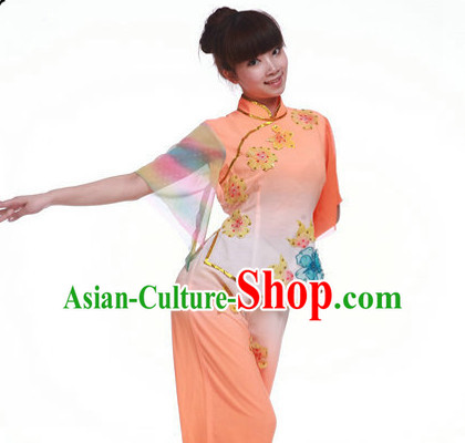 Traditional Chinese Fan Dance Costumes for Girls