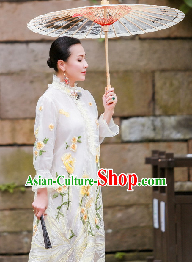 Chinese Classical Suzhou Style Female Dress and Umbrella Complete Set
