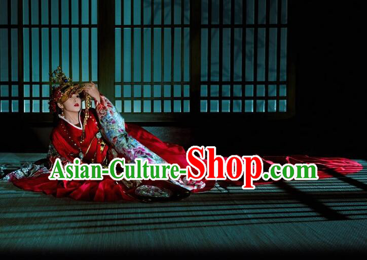 Chinese Ancient Palace Empress Costumes and Hair Jewelry Complete Set for Women