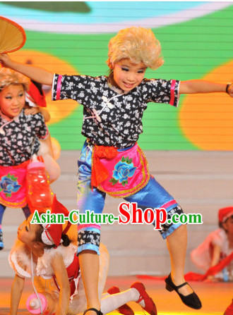 Chinese Folk Village Dance Costume Dance Costumes Fan Dance Umbrella Ribbon Fans Dance Fan Water Sleeve Costume for Women or Children