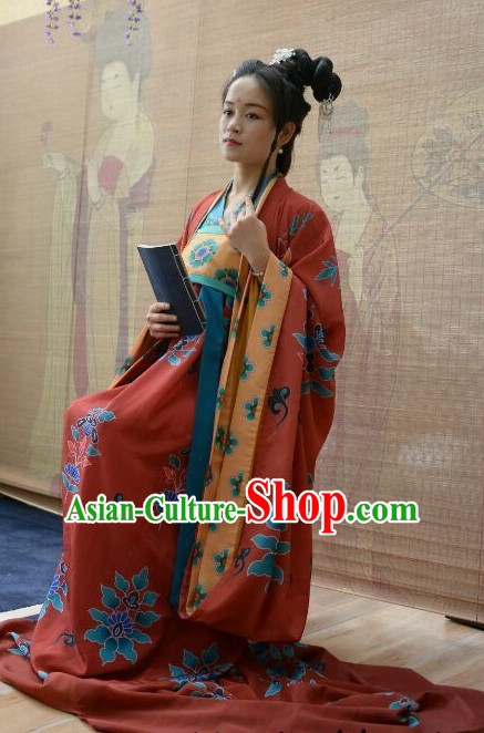 Traditional Chinese Ancient Tang Dynasty Clothing Imperial Wedding Dresses Beijing Classical Chinese Bridal Clothing for Women