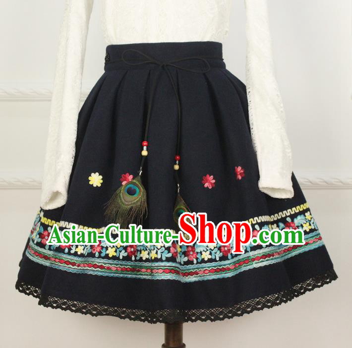 Traditional Classic Women Clothing, Traditional Chinese Classic Hanfu Woolen Embroidered Skirt for Women