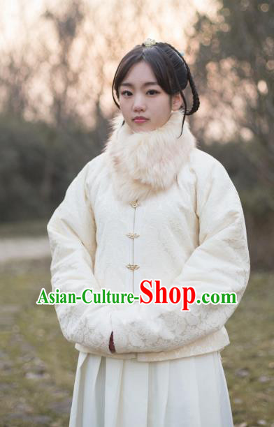 Traditional Chinese Ming Dynasty Young Lady Embroidered Costume White Cotton-Padded Jacket, Asian China Ancient Hanfu Blouse for Women