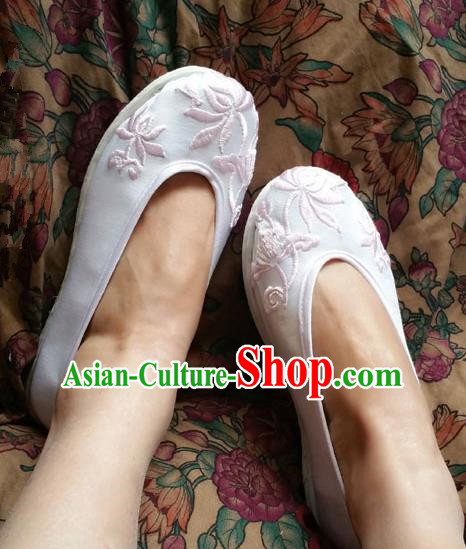 Asian Chinese Shoes Wedding Shoes Kung fu Shoes, Traditional China Opera Shoes Hanfu Shoes Embroidered Lotus Shoes