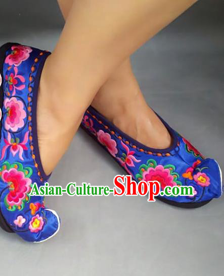Asian Chinese Shoes Wedding Shoes Handmade Blue Embroidered Shoes, Traditional China Princess Shoes Hanfu Become Warped Head Shoe for Women