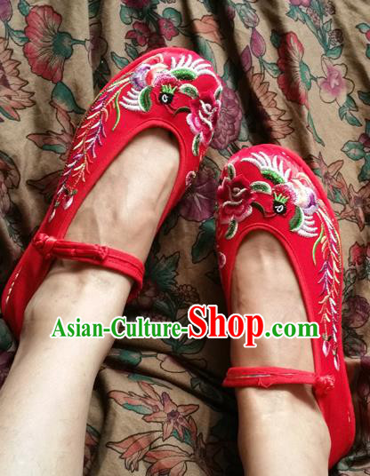 Asian Chinese National Wedding Embroidered Shoes, Traditional China Handmade Shoes Hanfu Embroidery Phoenix Peony Red Shoe for Women