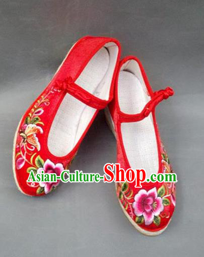 Traditional Chinese National Red Satin Shoes Embroidered Shoes, China Handmade Shoes Hanfu Embroidery Peony Shoes for Women