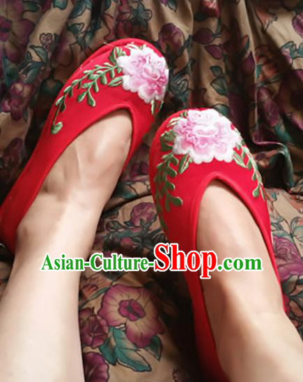 Traditional Chinese National Embroidered Shoes Red Wedding Shoes, China Handmade Shoes Hanfu Embroidery Peony Shoes for Women