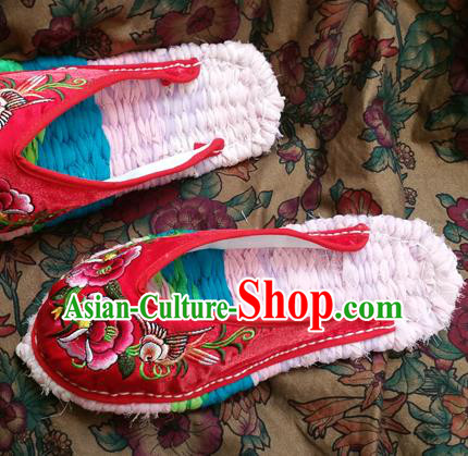Traditional Chinese National Embroidered Shoes Handmade Red Satin Slippers, China Hanfu Embroidery Flowers Shoes for Women