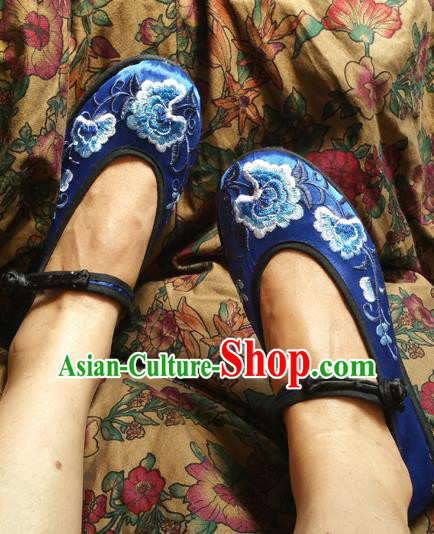 Traditional Chinese National Embroidered Shoes Handmade Blue Satin Shoes, China Hanfu Embroidery Flowers Shoes for Women