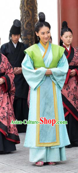 Asian China Qin Dynasty Female Officials Costume and Headpiece Complete Set, Traditional Chinese Ancient Swordsman Clothing for Women