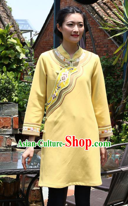 Asian China Top Grade Yellow Linen Hand Painting Cheongsam Blouse, Traditional Chinese Tang Suit Hanfu Plated Button Qipao Shirts for Women