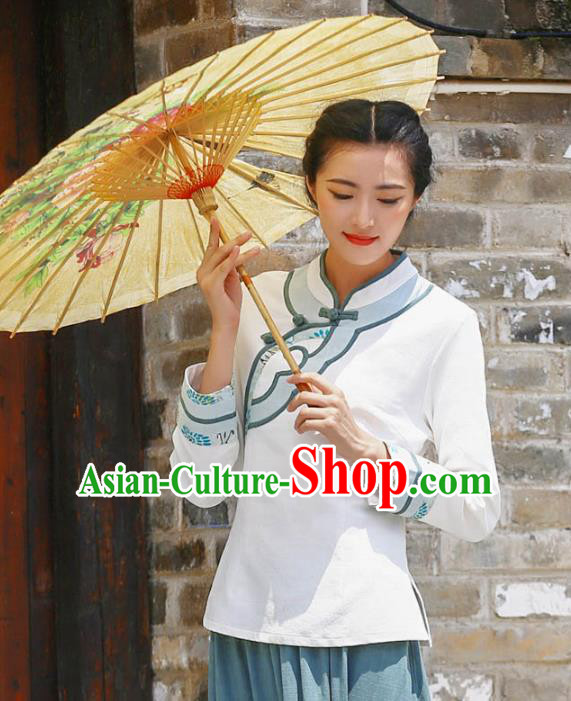 Asian China Top Grade White Linen Slant Opening Cheongsam Blouse, Traditional Chinese Tang Suit Hanfu Plated Button Qipao Shirts for Women