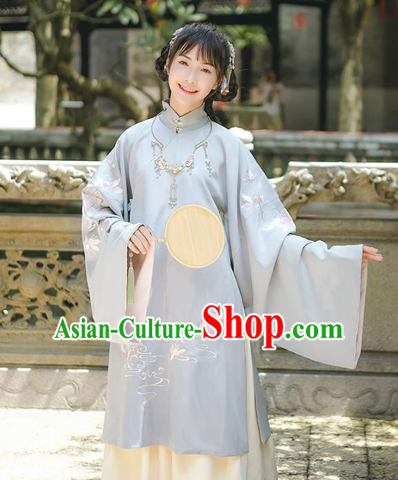 Asian China Ming Dynasty Princess Embroidered Long Blouse, Traditional Ancient Chinese Palace Lady Elegant Hanfu Clothing for Women