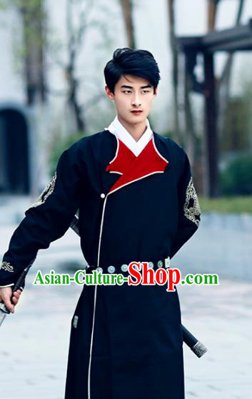 Traditional Ancient Chinese Swordsman Hanfu Costume Black Embroidered Robe, Asian China Tang Dynasty Imperial Bodyguard Clothing for Men
