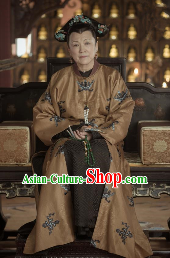 Story of Yanxi Palace Traditional Ancient Chinese Queen Mother Costume, Chinese Qing Dynasty Manchu Imperial Empress Dowager Embroidered Clothing for Women