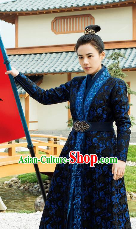 Traditional Chinese Song Dynasty Swordswoman Costume, Asian China Ancient Knight Embroidered Clothing for Women