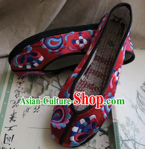 Asian Chinese Traditional Shoes Bride Xiuhe Suit Red Embroidered Shoes, China Peking Opera Handmade Embroidery Shoe Hanfu Princess Shoes for Women