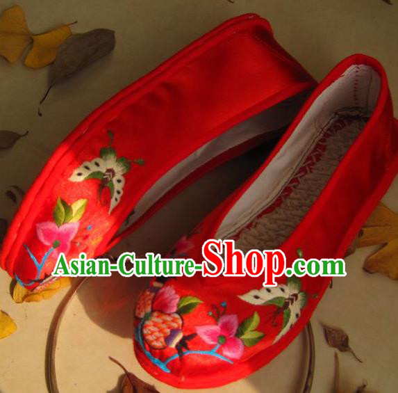Traditional Chinese Ancient Princess Shoes Red Cloth Embroidered Shoes, China Handmade Embroidery Butterfly Flowers Hanfu Shoes for Women