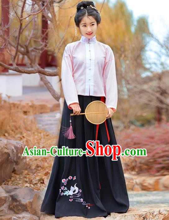 Traditional Chinese Ming Dynasty Palace Lady Costume Embroidered Blouse and Skirt for Women